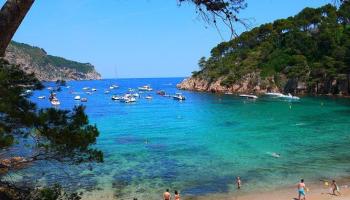 Excursión para grupos pequeños a Gerona y la Costa Brava con recogida en el hotel